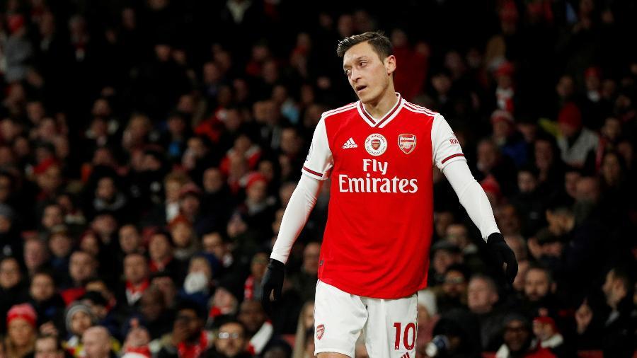 Alemão, que tem contrato com o clube até junho, não foi escolhido por Arteta para os inscritos do Campeonato Inglês até janeiro -