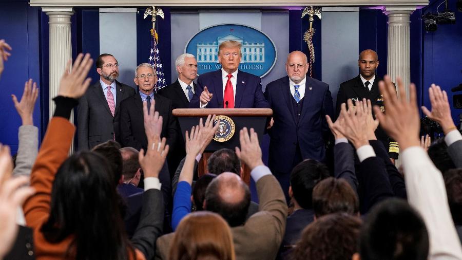 O presidente Donald Trump concede entrevista coletiva para anunciar a primeira morte por coronavírus nos EUA - Joshua Roberts/Reuters