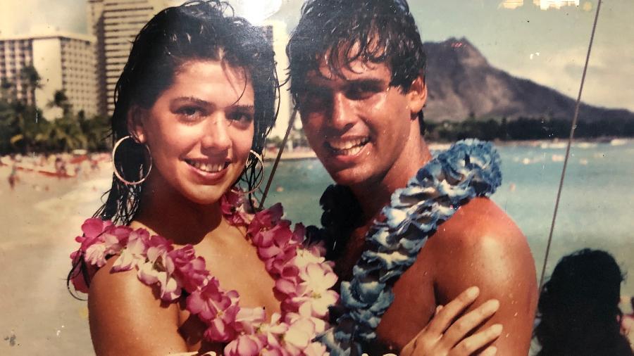 O casal no Havaí, em 1987: auge do tráfico - Reprodução/Arquivo Pessoal