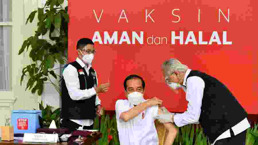 O presidente Joko Widodo recebeu a primeira dose do imunizante contra o novo coronavírus  - AFP/Palácio Presidencial da Indonésia