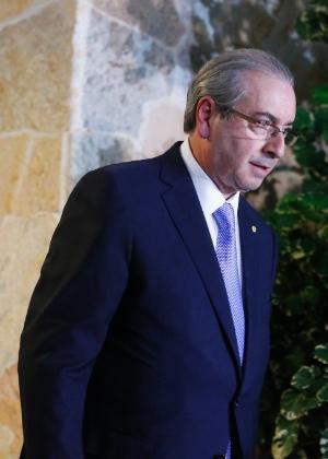 Eduardo Cunha (PMDB-RJ) em sua residência oficial, em Brasília, após decisão do STF pelo seu afastamento