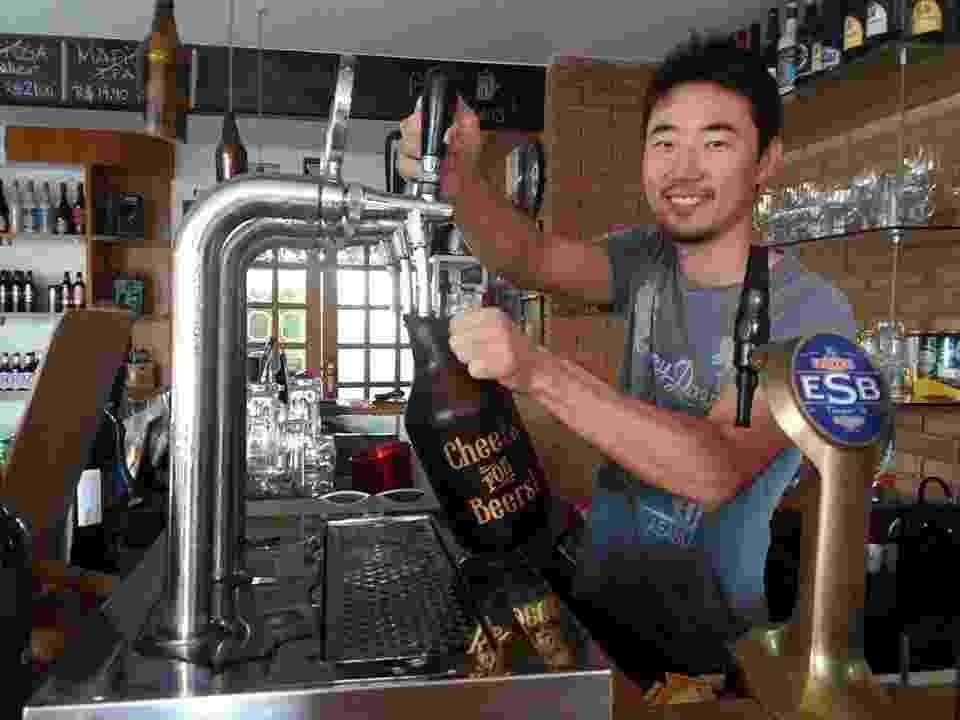 O empresário João Renato Kenji Hira, 33, dono do St. Brew Store & Bar - Divulgação