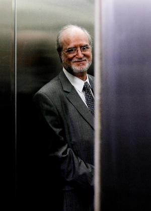 11.fev.2014 - O ex-governador Eduardo Azeredo - Alan Marques/Folhapress