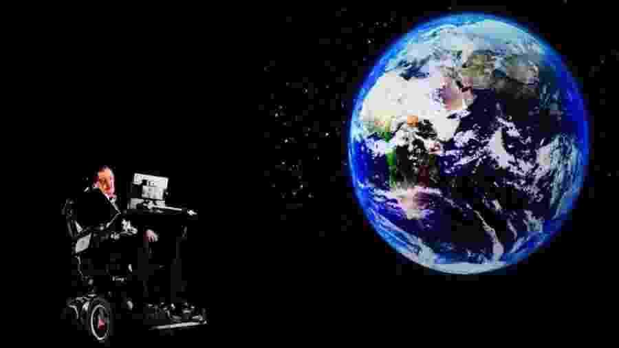 Stephen Hawking escreveu sobre o universo ao longo de sua carreira - AFP