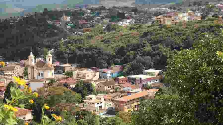 Vista de parte do centro de Barão de Cocais, onde fica o Santuário de São João Batista; - Luciana Quierati/UOL