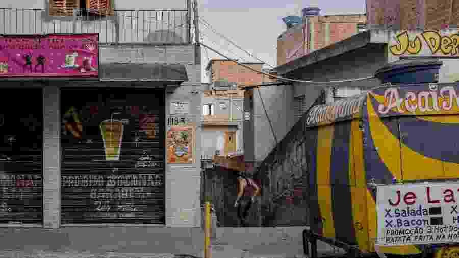 Viela onde corpos foram encontrados na favela de Paraisópolis, após ação de PMs no Baile da DZ7 - Adriano Vizoni/Folhapress