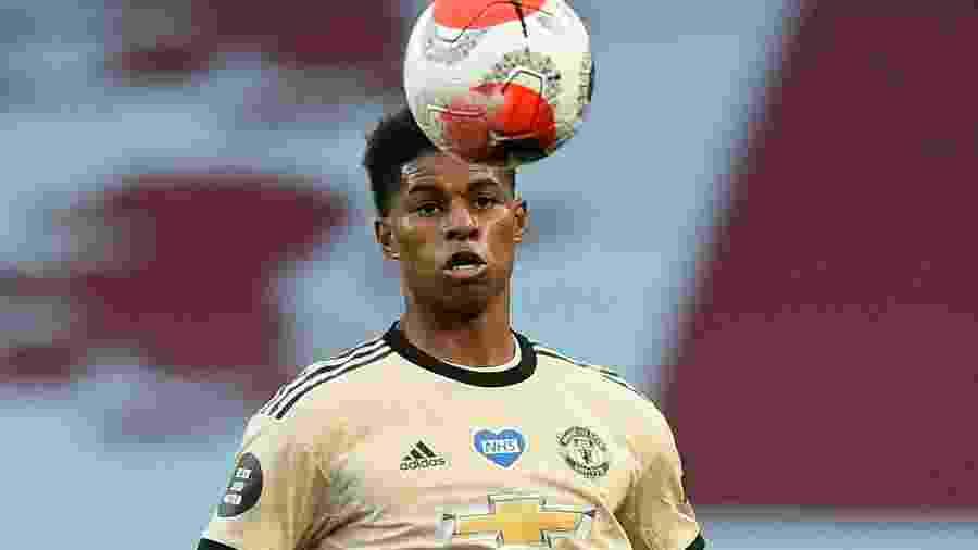 Marcus Rashford durante partida do Manchester United contra o Aston Villa -
