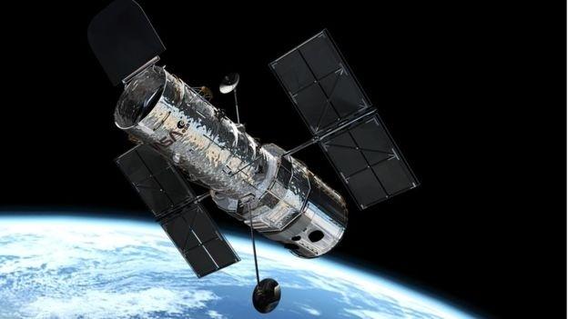 5.mai.2017 - O telescópio espacial Hubble mergulhou em seis bilhões de anos luz para fazer as imagens