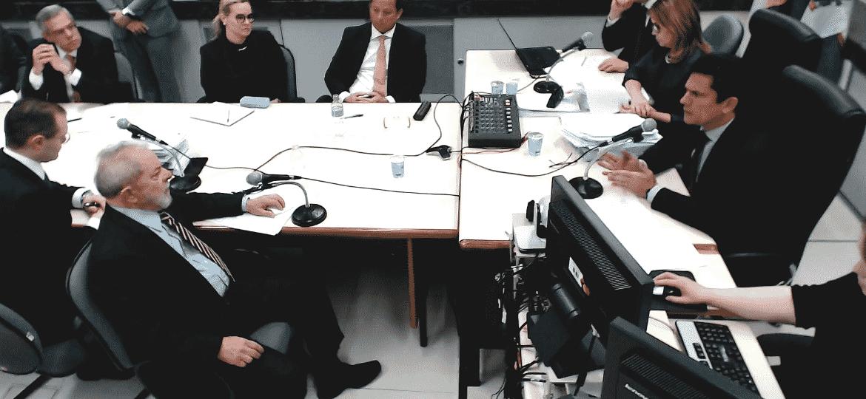 13.set.2017 - Ex-presidente Lula depõe ao juiz Sergio Moro em Curitiba - Reprodução