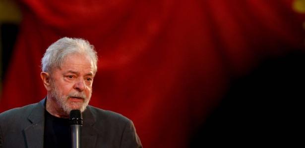 O ex-presidente Luiz Inácio Lula da Silva (PT) discursa em Belo Horizonte