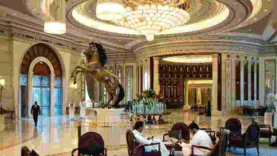 O hotel Ritz-Carlton, em Riad, foi o local escolhido pelo governo saudita para deter empresários e membros da família real - Tasneem Alsultan/The New York Times
