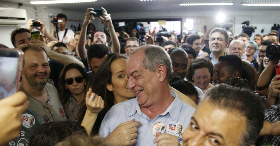 3.out.2018 - Candidato à presidência da República pelo PDT, Ciro Gomes durante encontro com militância na sede do PDT em São Paulo (SP), nesta quarta-feira (3)