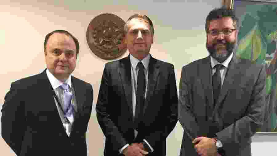 O novo presidente da Apex, Mário Vilalva, após reunião com o presidente Jair Bolsonaro e o ministro das Relações Exteriores, Ernesto Araújo  - Divulgação