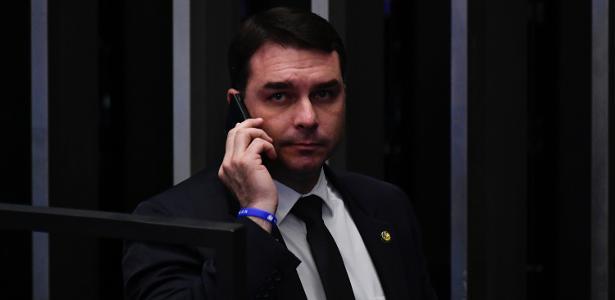 Procuradores do RJ    Decisão no caso Flávio Bolsonaro 'desborda' recurso no STF, diz MP a Toffoli