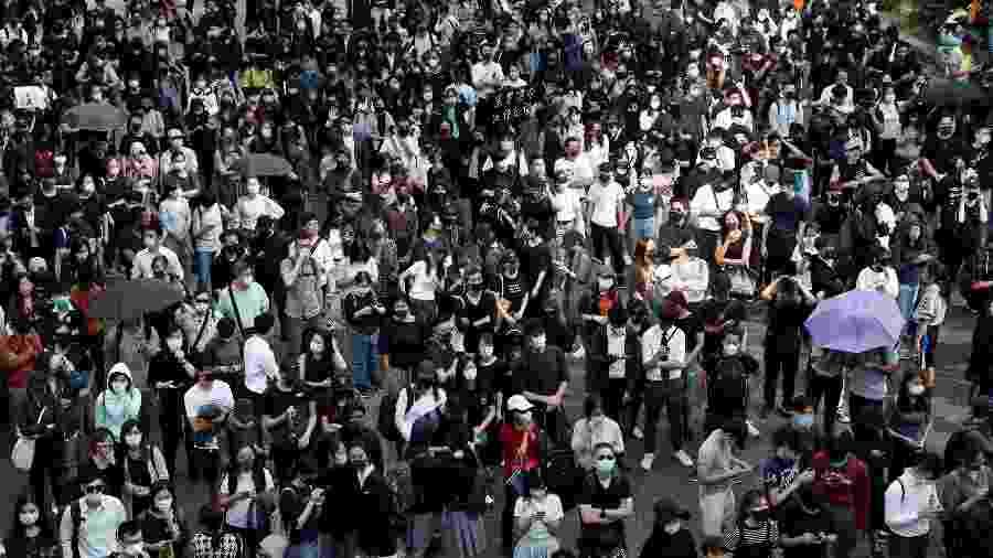 Manifestantes se reúnem durante protesto em Hong Kong, na China - Shannon Stapleton/Reuters