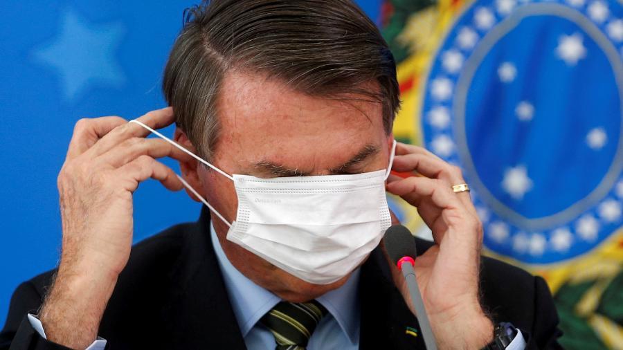 Presidente Jair Bolsonaro durante anúncio de medidas contra o coronavírus - ADRIANO MACHADO
