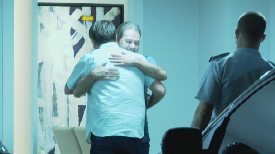 O ministro do STF Dias Toffoli recebe o presidente Jair Bolsonaro em sua residência, em Brasília - 3.out.2020 - Reprodução/CNN Brasil