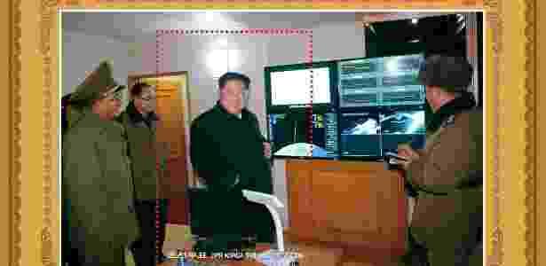 Selo norte-coreano em comemoração à lançamento de míssil que pode atingir os EUA - KCNA/Reuters - KCNA/Reuters