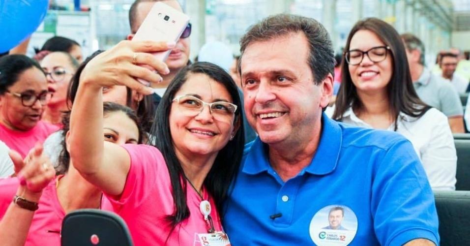 O candidato ao governo do RN Carlos Eduardo Alves em ato de campanha no dia 5 de outubro.