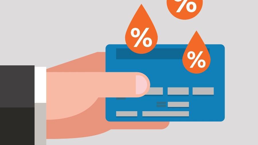 Juros rotativo do cartão de crédito teve queda, mas ainda está acima de 300% ao ano - Vaselena/Getty Images/iStockphoto