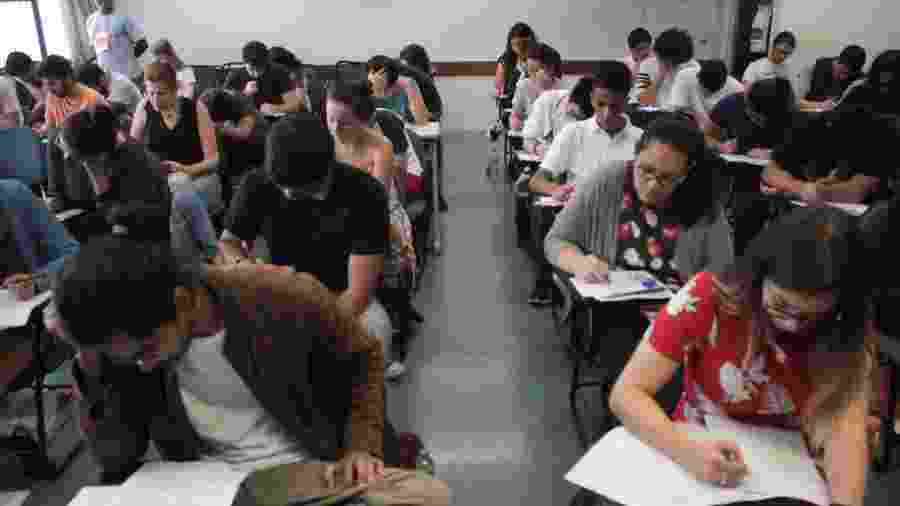 O ProUni garante bolsas de estudo nas universidades privadas - Luiz Cláudio Barbosa/Código19/Estadão Conteúdo