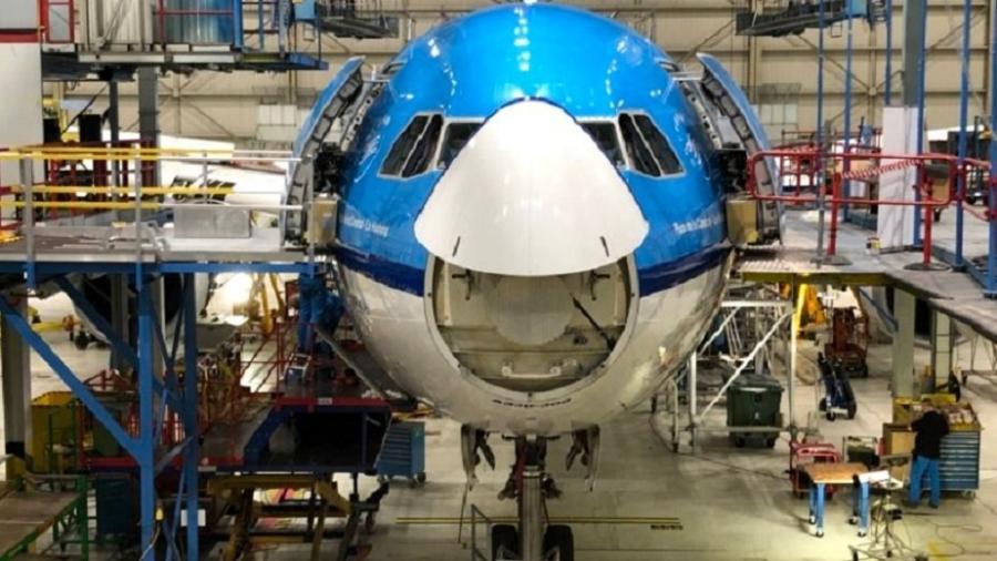 Radome (nariz) aberto de um Abirbus A330 - Divulgação/KLM