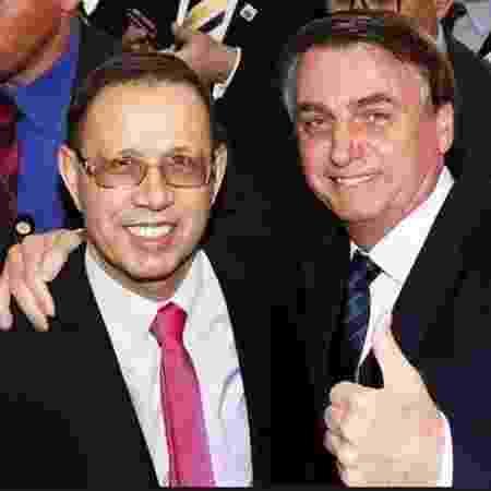 Carlos Wizard ao lado de Bolsonaro; empresário assumirá secretaria do Ministério da Saúde - Reprodução/Instagram
