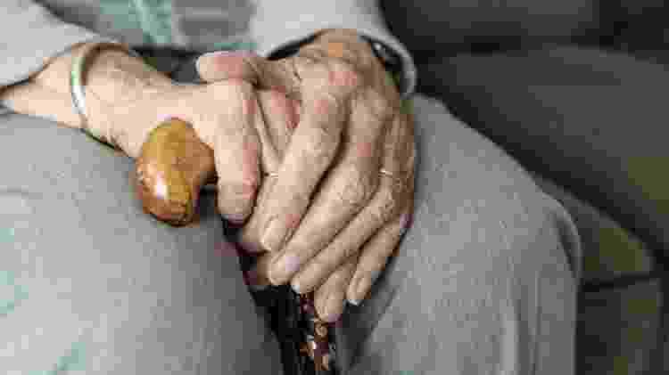 Imagem meramente ilustrativa de mãos de idosos - Divulgação/Pixabay - Divulgação/Pixabay