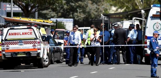 A polícia de Sydney isolou o shopping onde ocorreu o incidente. As circustâncias ainda estão sendo investigadas