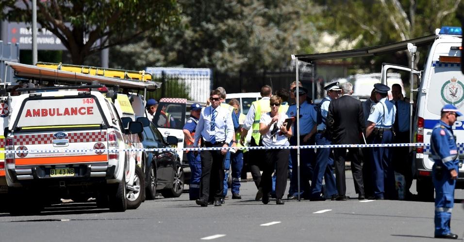 7.mar.2016 - A polícia de Sydney, na Austrália, isolou o shopping onde uma pessoa morreu e duas ficaram feridas nesta segunda-feira em um incidente com tiros. Ainda não se sabe a motivação do atirador, mas a polícia informou que não se trata de um ato terrorista