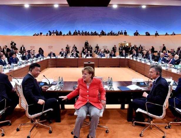 Angela Merkel comanda reunião do G7 em Hamburgo, em julho de