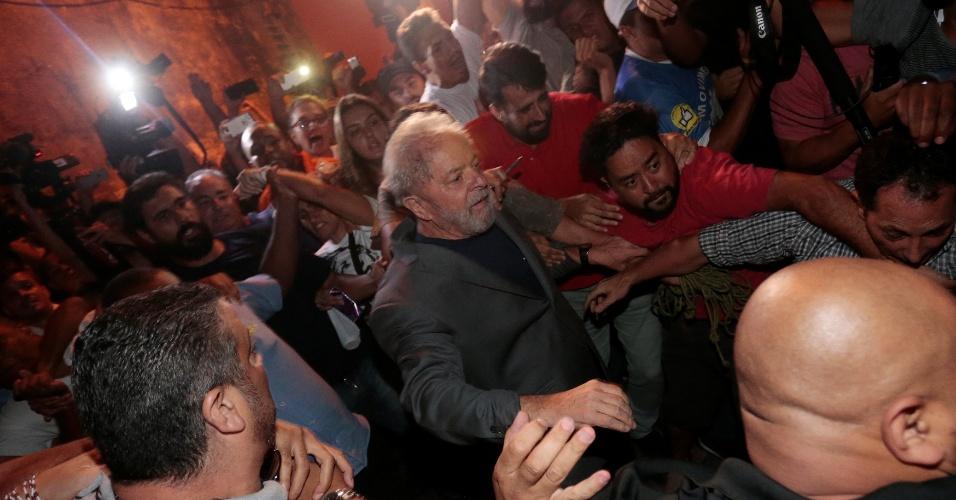 Ex-presidente preso no PR | STF inicia julgamento de recurso de Lula contra prisão em 4 de maio
