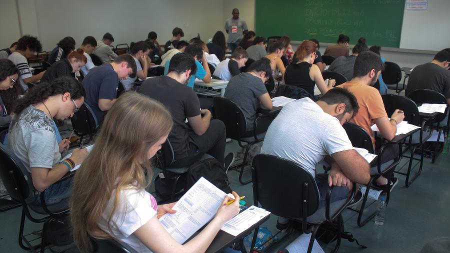 Candidatos farão no próximo domingo (10) provas de Ciências da Natureza e Matemática - Luiz Cláudio Barbosa/Código19/Estadão Conteúdo