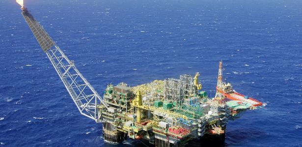 UOL Economia+ | Com polêmicas, vale a pena trocar ações da Petrobras por energia limpa?