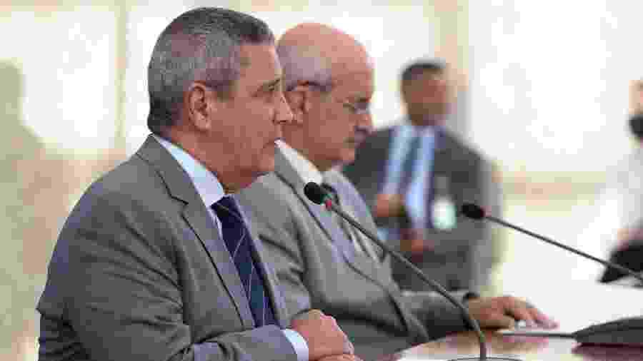Os ministros Walter de Souza Braga Netto, da Casa Civil, e Luiz Eduardo Ramos, da Secretaria do Governo - Marcos Corrêa/Presidência da República