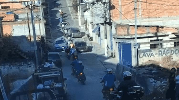 Comboio de motos no Grajaú, zona sul - Reprodução - Reprodução