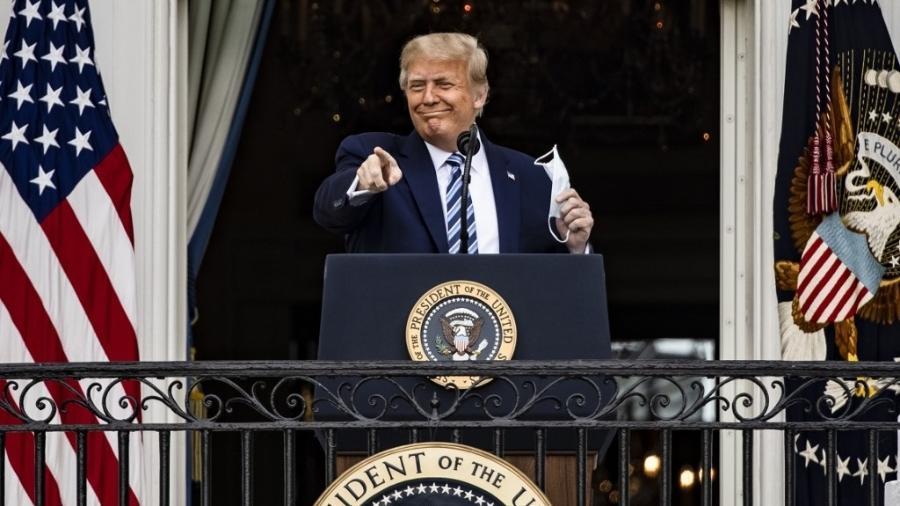 Oito dias após testar positivo para covid-19, Donald Trump surgiu em evento público na Casa Branca - Samuel Corum/Getty Images/AFP