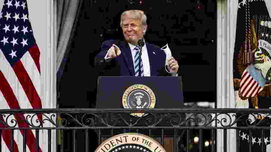 Presidente dos Estados Unidos compartilhou conteúdo aparentemente sem saber que se tratava de uma piada - Samuel Corum/Getty Images/AFP