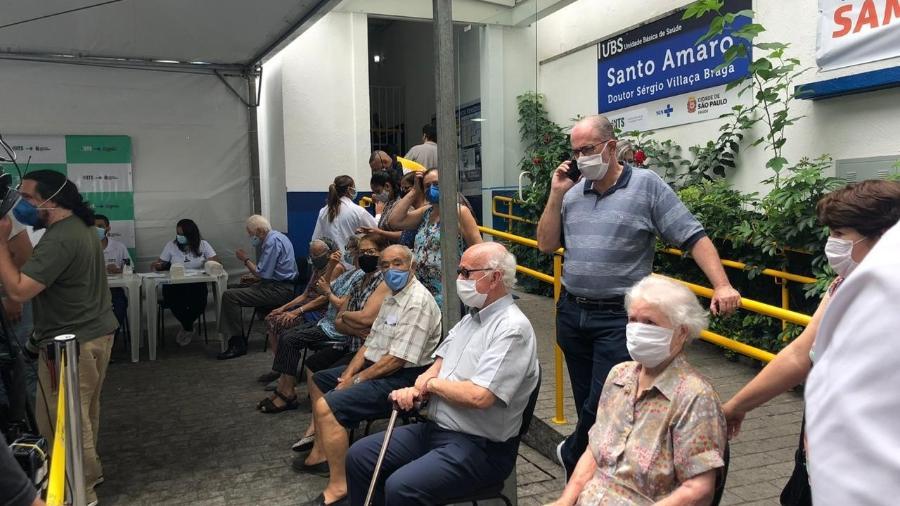 Vacinação de idosos na UBS de Santo Amaro, na zona sul de São Paulo - Lucas Borges Teixeira/UOL