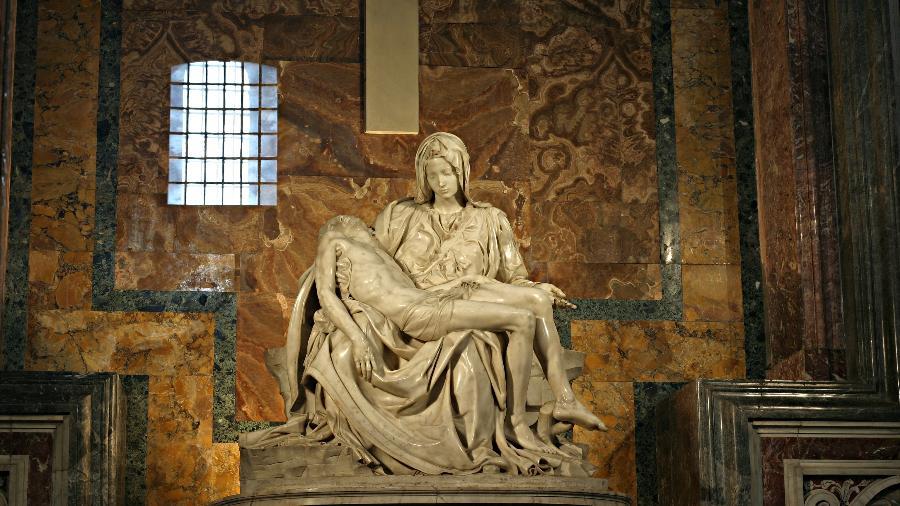 Pietà, de Michelangelo,  está na Basílica de São Pedro, no Vaticano - Stanislav Traykov/Wikimedia Commons