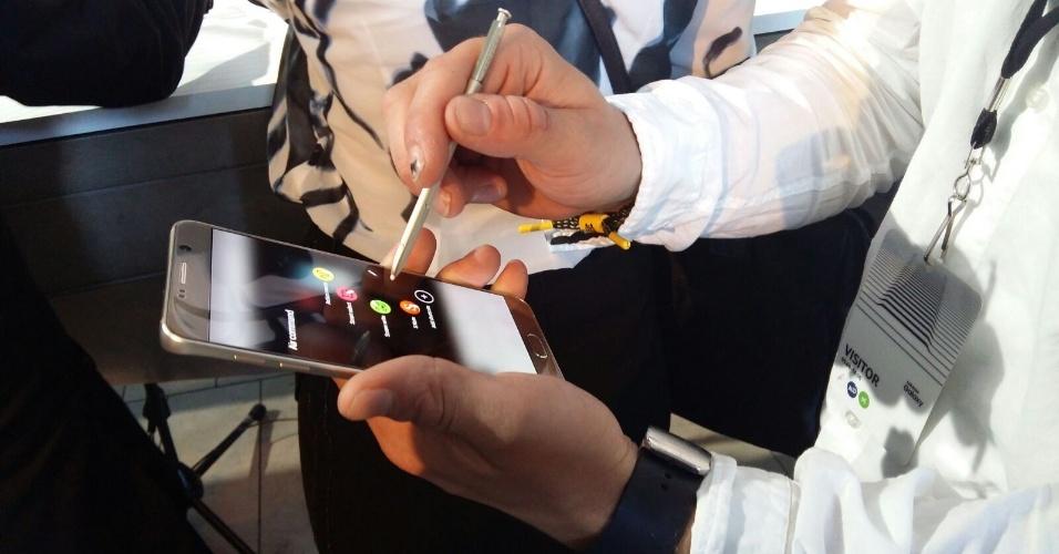 Bateria do novo Galaxy S6 Edge+ demora 120 minutos para carregar completamente no  wireless, informa a empresa --uma hora mais rápido que a versão anterior. Edge+ chega em 21 de agosto ao mercado