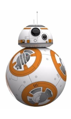 Robô Sphero BB-8 Star Wars, Mobimax. Vendido no site da Saraiva por R$ 2.699,00 em até 12 vezes, ou 2.564,05 à vista