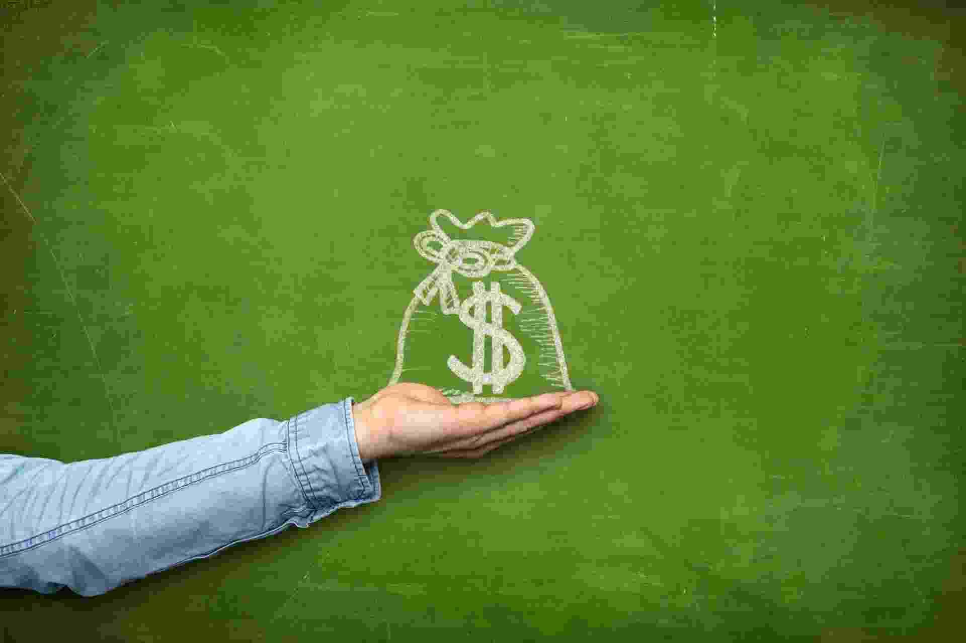 Dinheiro, economia, finanças pessoais, poupança, investimento - Getty Images/iStockphoto/StockFinland