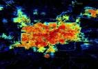 Cidade apagada: Imagens aéreas da Nasa mostram impacto da guerra sobre luzes de Aleppo - BBC