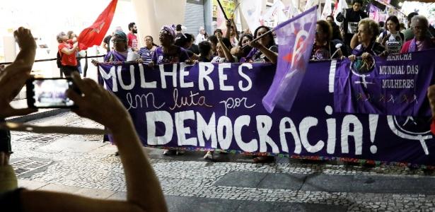 25.set.2018 - Mulheres protestam contra Jair Bolsonaro (PSL) em São Paulo