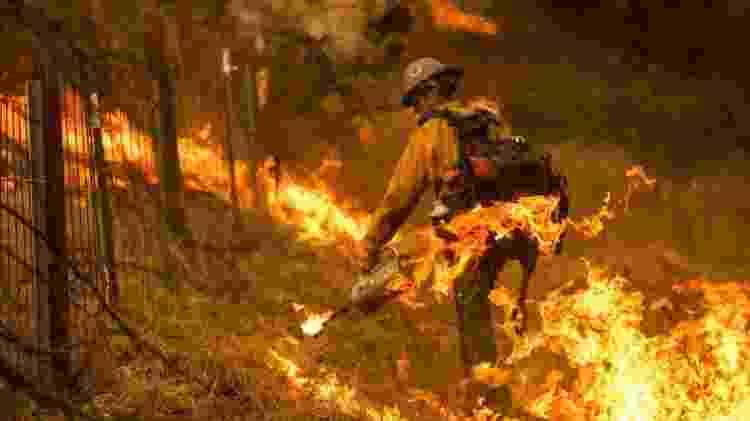 Na Califórnia, quase 5 milhões de pessoas vivem em zonas consideradas de alto risco para incêndios florestais - AFP - AFP
