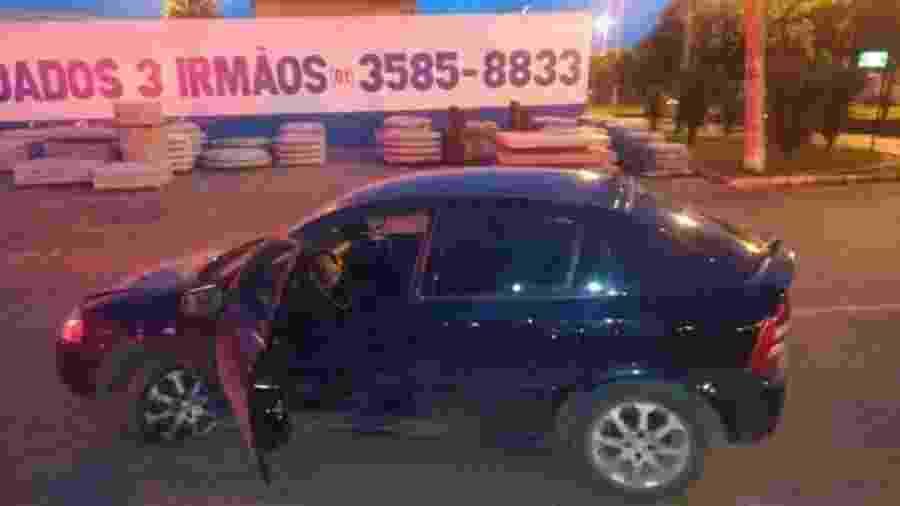 Suspeito da tentativa de sequestro perdeu a direção e bateu em outro carro ao notar que era seguido por uma viatura da PM - Divulgação/PMDF