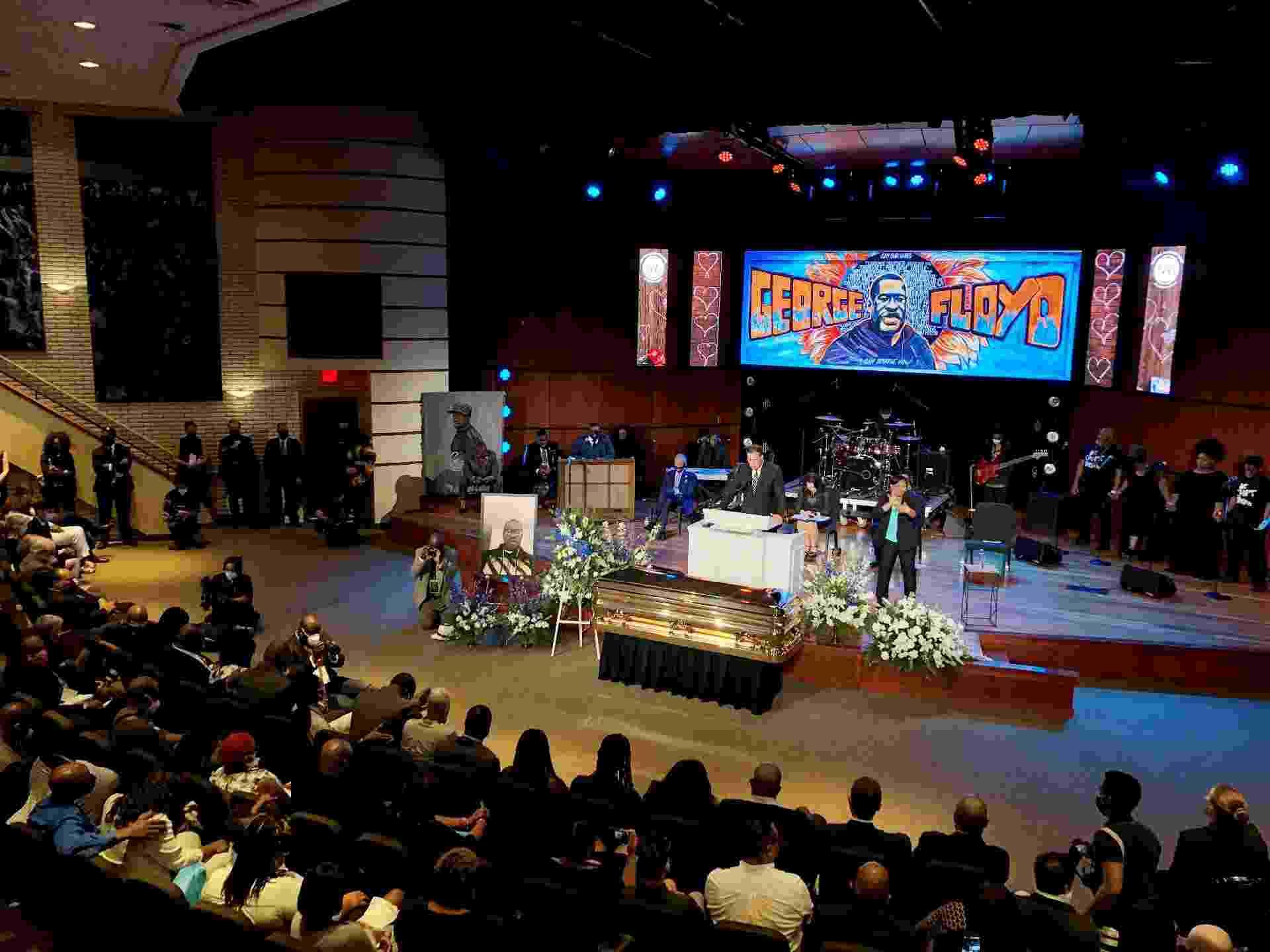 As homenagens para Floyd, de 46 anos, se estenderão por seis dias e três Estados, disse o advogado da família de Floyd à mídia - Kerem Yucel/AFP