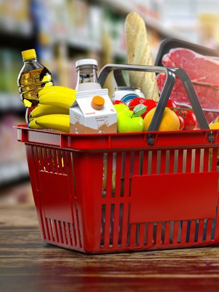 Itens da cesta básica estão mais caros com safra abundante a exportações, dólar em alta e preços valorizados em reais - iStock