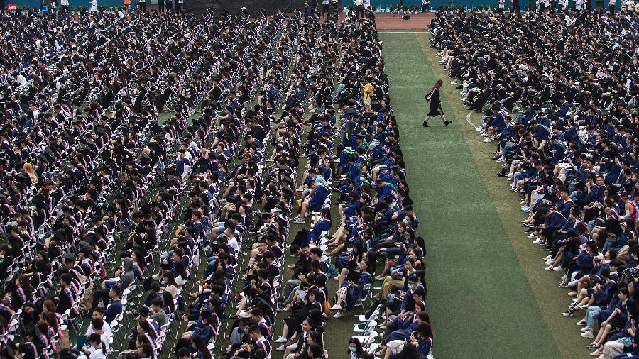 Entre os estudantes, estavam mais de 2,2 milque deveriam ter recebido o diploma no ano passado - Getty Images